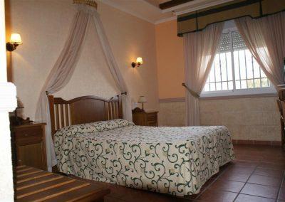 Hotel_1 (Large)
