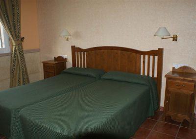 Hotel_2 (Large)
